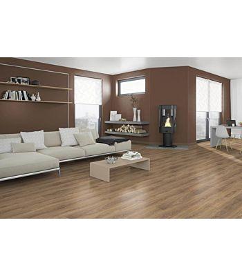 Parquet laminado de Roble Toscolano Nature EHL016 de Egger Home en un ambiente de habitación.