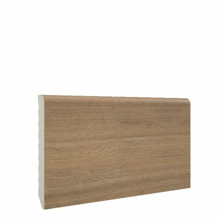 Color detallado mejorado del rodapie de pvc smoked oak de 70x10