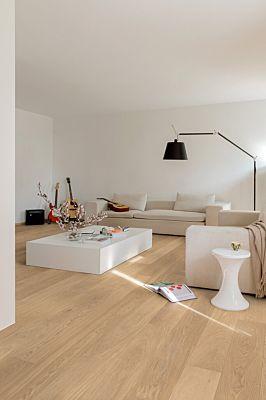 Parquet de madera natural de Quick-Step de la colección palazzo pal3094S Roble blue mountain aceitado en un ambiente de habitación.