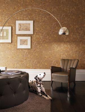 El revestimiento de pared Dekwall tenerife blacj RY41001 acabado en cera en un ambiente de habitación.