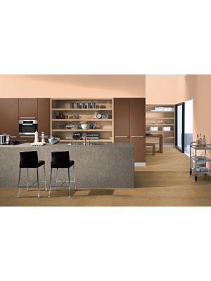 Parquet laminado  ROBLE LILLIAN CLARO EHL096 - 4+1v de Egger Home de la serie Kingsize  en un ambiente de cocina.
