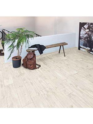 Parquet laminado de Heritage Wood MF4618 de Egger Megafloor de la serie M2 en un ambiente de habitación.
