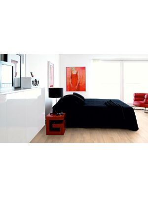 parquet laminado de la marca pergo de la serie living expression haya supreme de 3 lamas L0301-01796 en un ambiente de habitación.