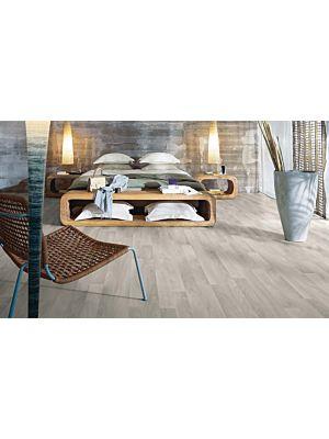 parquet laminado de la marca pergo de la serie original excellence roble nórdico gris de 2 lamas L0201-03363 en un ambiente de habitació.