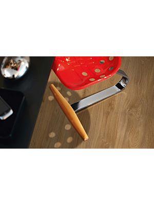 parquet laminado de la marca pergo de la serie original excellence roble viñedo L0201-03366 en un ambiente de habitación.