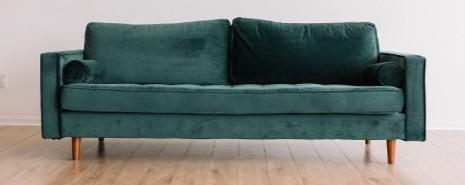 parquet con mobiliario que debe moverse cada cierto tiempo para no dañar el parquet