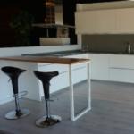 Cómo combinar suelos laminados grises con la decoración de tu estancia